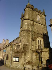 Click for a larger image of St Peters Church, Shaftesbury, Dorset