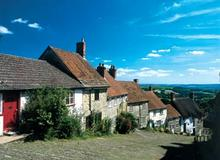 Click for a larger image of Gold Hill, Shaftesbury