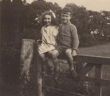 Click for a larger image of Kathleen and Frank Wareham
