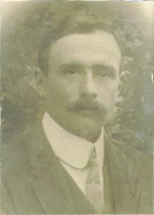 Click for a larger image of Perry Hiscock